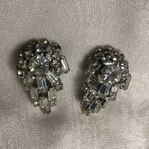 Jewelry - Tear Drop Rhinestone Crystal Clip Earrings